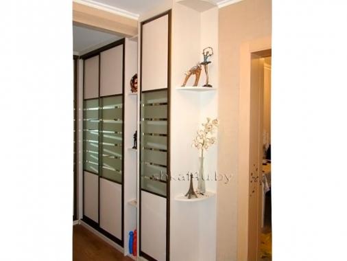 Элегантный угловой шкаф-купе