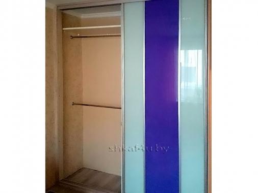Шкаф-купе с глянцевой плёнкой