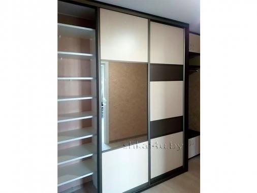 Комбинированный шкаф-купе с зеркалом