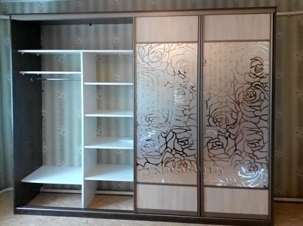 Шкаф  встроенный четырёхдверный