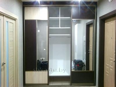 Шкаф-купе с комбинированным фасадом